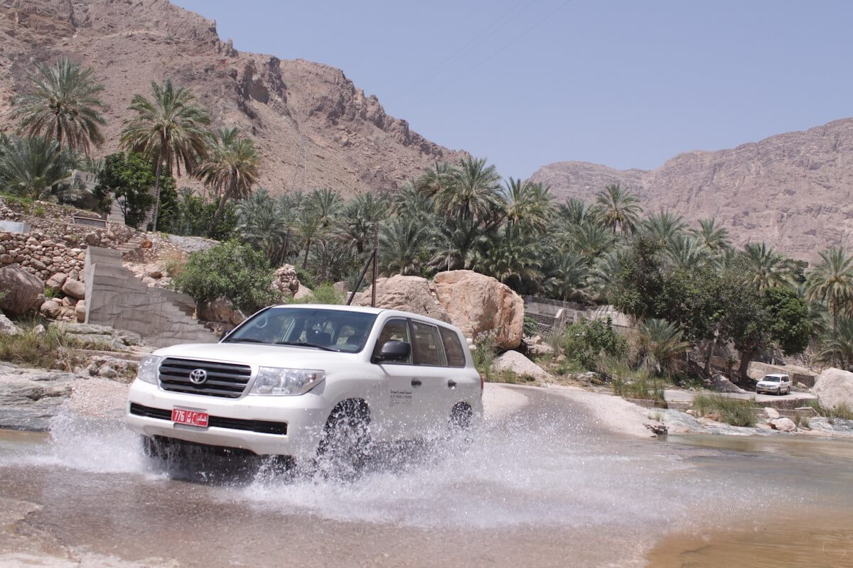 oman elite car4x4landcruiser 01